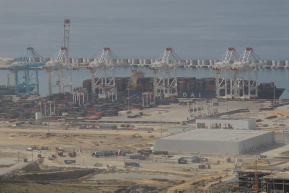 Tanger - Futur grand port de l'Afrique - Page 4 DSC_0204