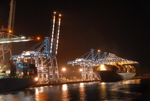 Tanger - Futur grand port de l'Afrique - Page 4 DSC_0348