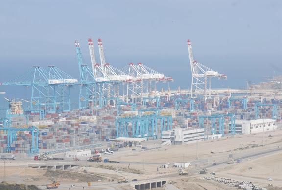 Tanger - Futur grand port de l'Afrique - Page 4 FDO_0419