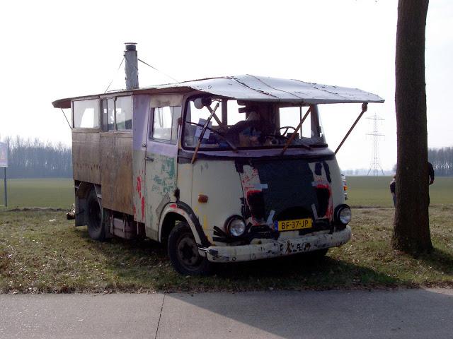 [MOUCRENES] Hanomag Kurier 1965 Camper2