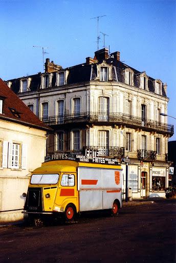 Photos d'époque de camions Citroën - Page 16 Hy_ex_philips
