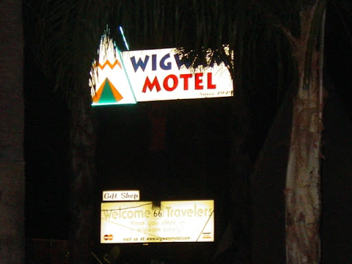 Sunsets @ Night 0988_091609d12_CArltsb_WigWamSign2