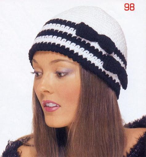 قبعات كروشيهواو كلوشن خيالي  33