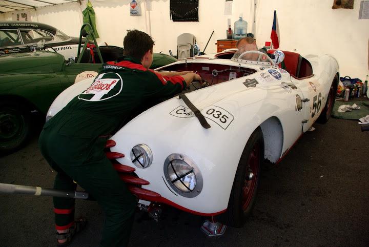 Le Mans Classic 2010 - Page 2 IMGP7691