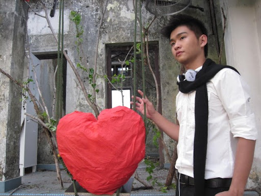 Alvin's pictures during MV shooting IMG_0978
