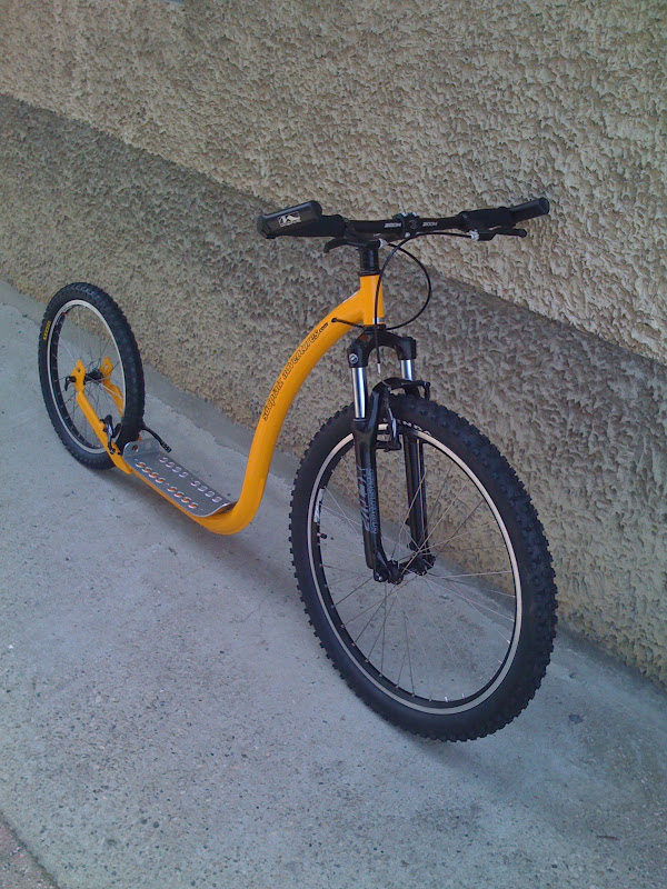 XH, Footbike et Kickbike chez cyclologique IMG_0258