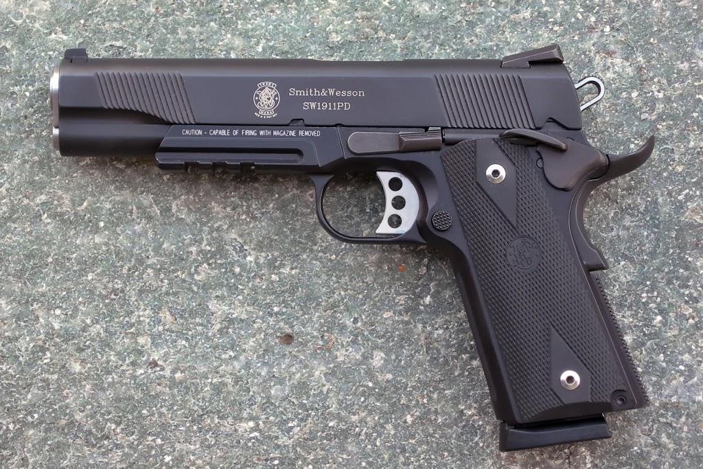 Quel pistolet pour se faire plaisir après un 9 mm ? DSCN1675