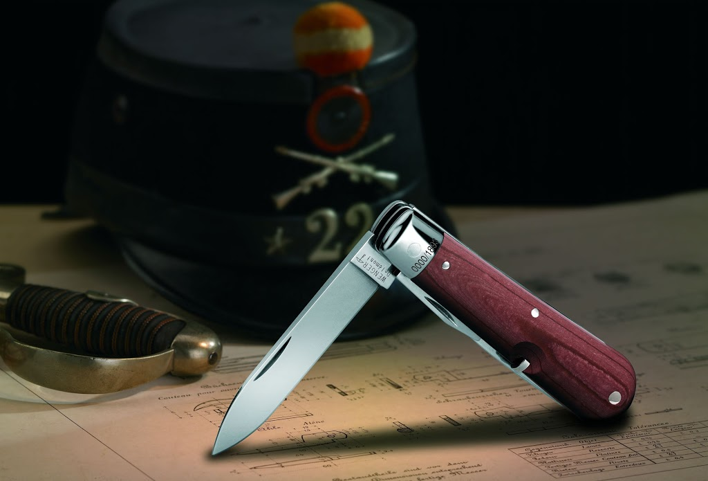 Couteaux suisses (Victorinox et Wenger) Heritage_scenic_Ambiance