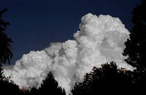 ليس كمثله شيء(رائع) Three_cumulus_towers_FULL