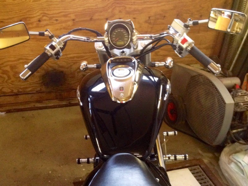 VL Bars Fitted To A Suzuki M50 / M800 IMAGE_25
