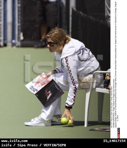 Mirka entrenando con Roger 56