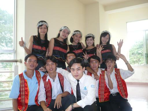 kỉ niệm ngày hiến chương nhà giáo 2009 P1050107