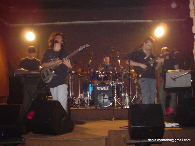 Fotos de apresentações Aurora_eve_16-10-05_%20022