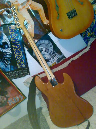 Jazz Bass (LH) feito Pelo Luthier Cavalheiro 20112010320
