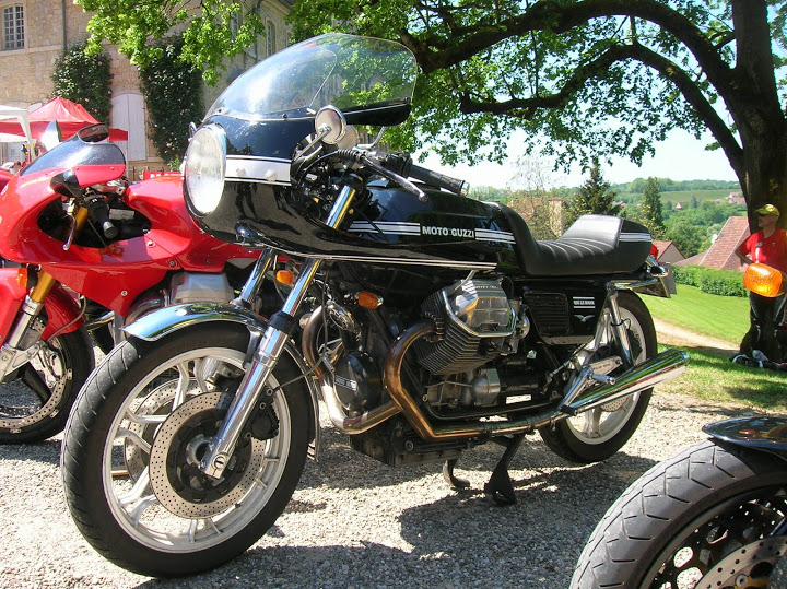 Guzzi CR noir DSCN4730