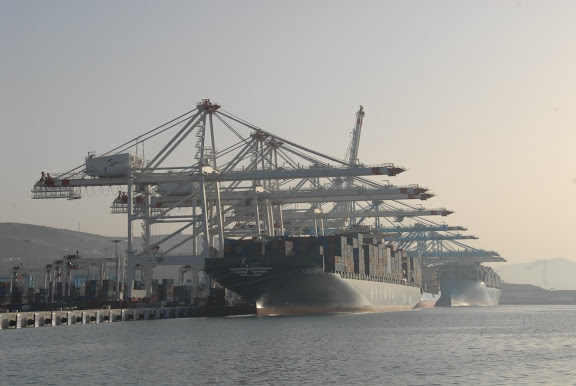 Tanger - Futur grand port de l'Afrique - Page 4 DSC_0091