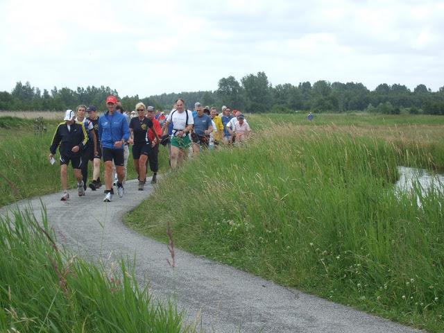 19-20 juin: grande traversée sud-nord des Pays-Bas (150km) DSCF2728