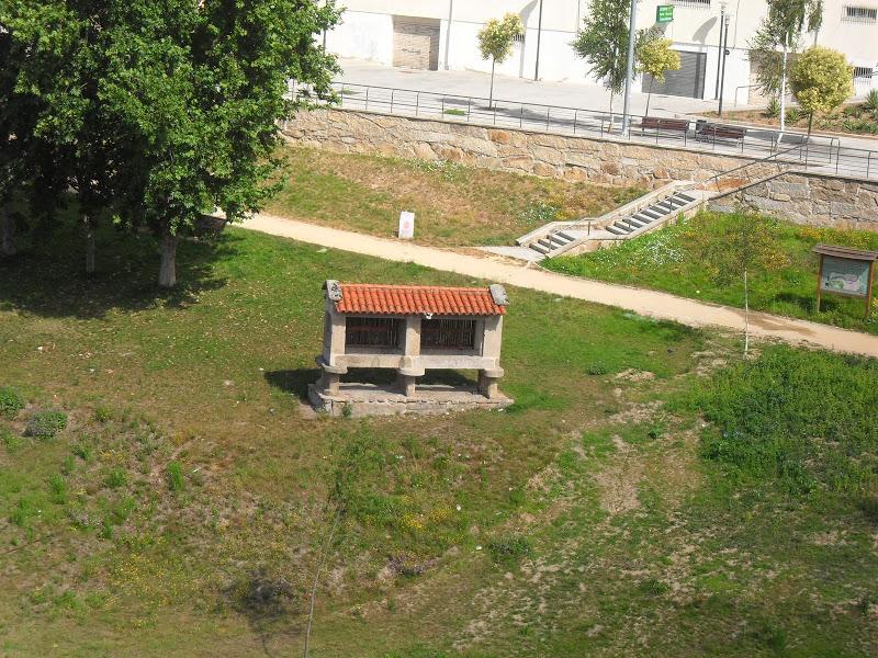 Subida NASCENTE RIO MINHO  Ferias2009 SDC11124