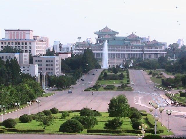 Fotos de las Crónicas de Un Viaje a Corea Vistas%20de%20Pyongyang%20%282%29