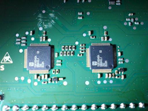 Fotos internas del GIGASET m750 t (conocer los chips) DSC02002%20%28Small%29