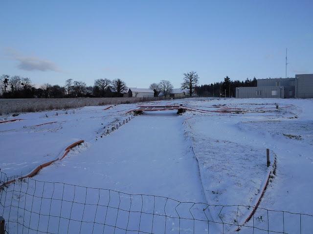Le circuit sous la neige le 19.12.2009 Photo0861