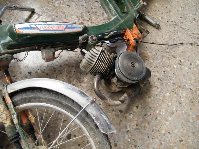 Restaurando AV-51 Ciudad 2009_08240008