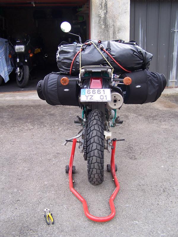 Mon 650 KLX-C1 Chargement-%20006