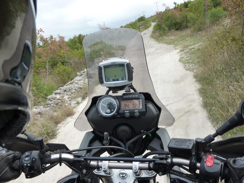 Vos plus belles photos de moto - Page 2 P1020091