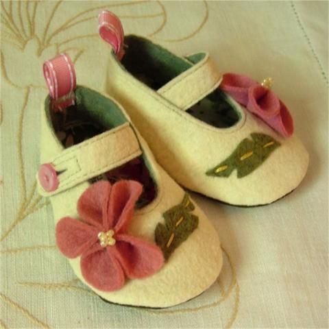 خياطة احذية للاطفال رائعة جدا Sapatinhos%2011