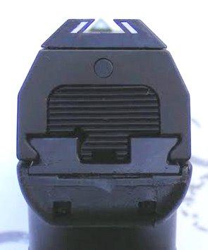 Glock 17 vs Steyr M-A1 - Page 2 Steyr_M9A1_03
