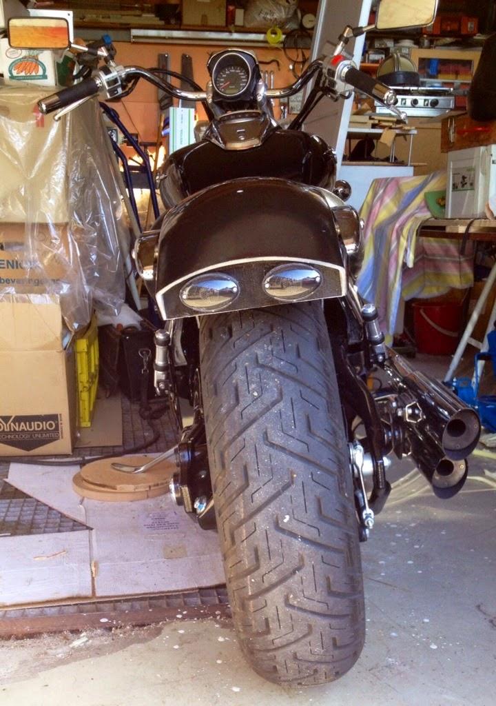 Custom fiberglass rear fender for M800 IMAGE_94