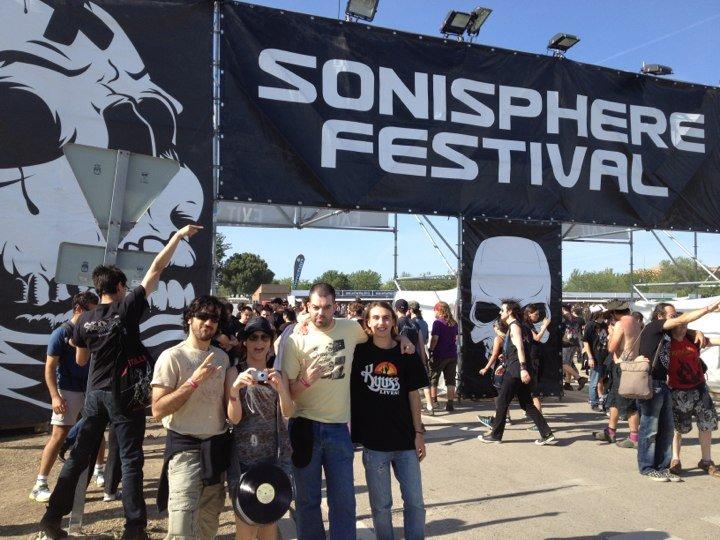 Foreros veinteañeros - Página 14 Sonisphere2012