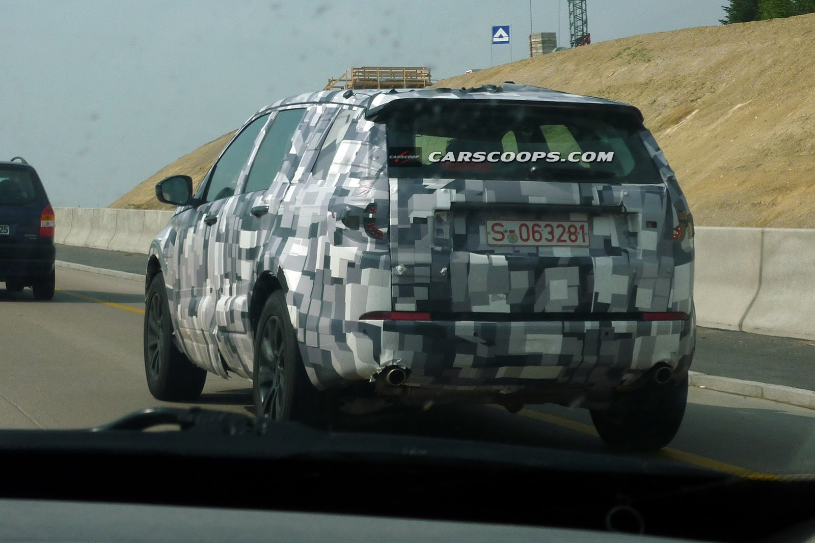 2014 - [Land Rover] Discovery Sport [L550] - Page 3 U-Spy-LR-3%25255B4%25255D