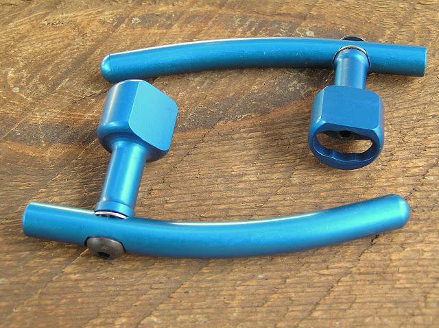 Extension pour poignée de frein [Trouvée!] P9140051
