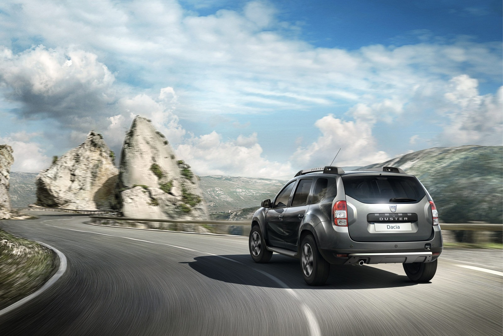 2012 - [Dacia] Duster restylé - Page 7 Dacia-Duster-facelift-8%25255B2%25255D