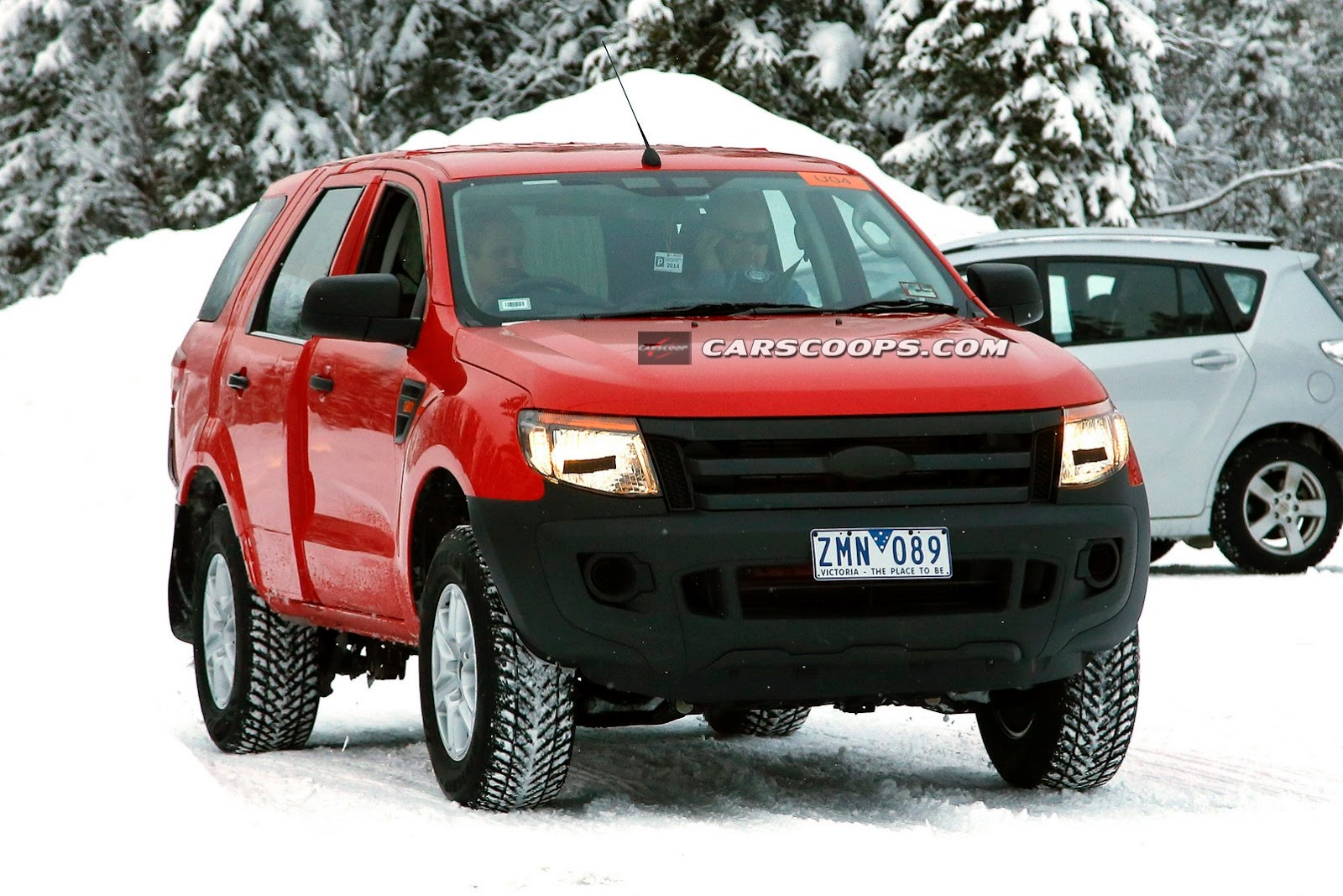 2015 - [Ford] Everest / Ranger restylé 2015-Ford-Ranger-SUV-1%25255B3%25255D