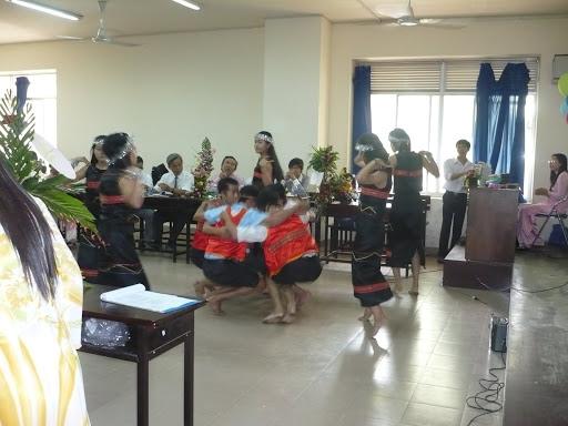 kỉ niệm ngày hiến chương nhà giáo 2009 P1050120
