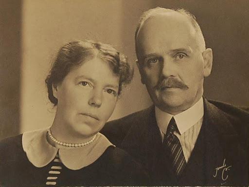 Grandes duques y G. Duquesas: Jorge, Xenia y Olga - Página 5 Ab68