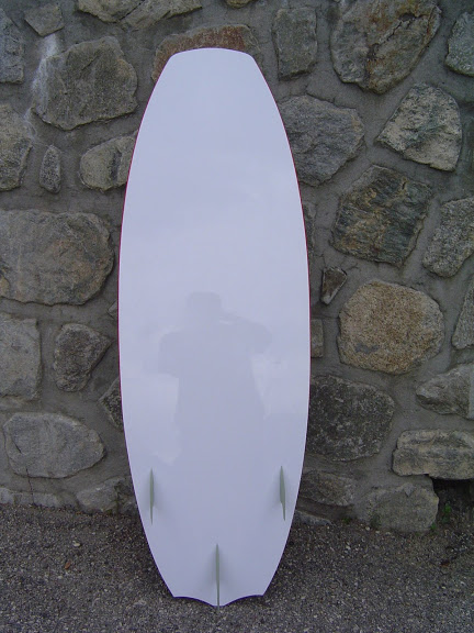 2 Surfkites thermikboards  142x47  et  152x48 avec volume DSC07150
