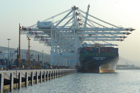 Tanger - Futur grand port de l'Afrique - Page 4 FDO_0147