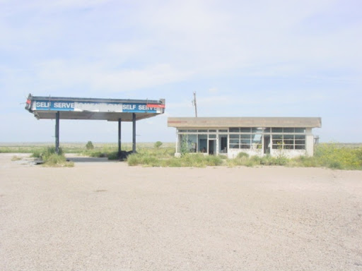 Cityskapes, Barns & Abandoned Places 0414_091109d07_TXglnr_atExit1