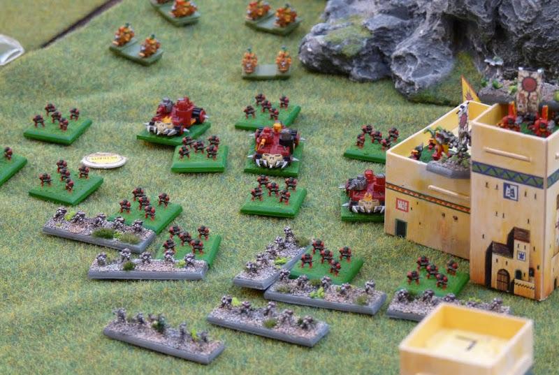 [Tdif 2010] Orks Vs Nécrons 5000 points P1030692