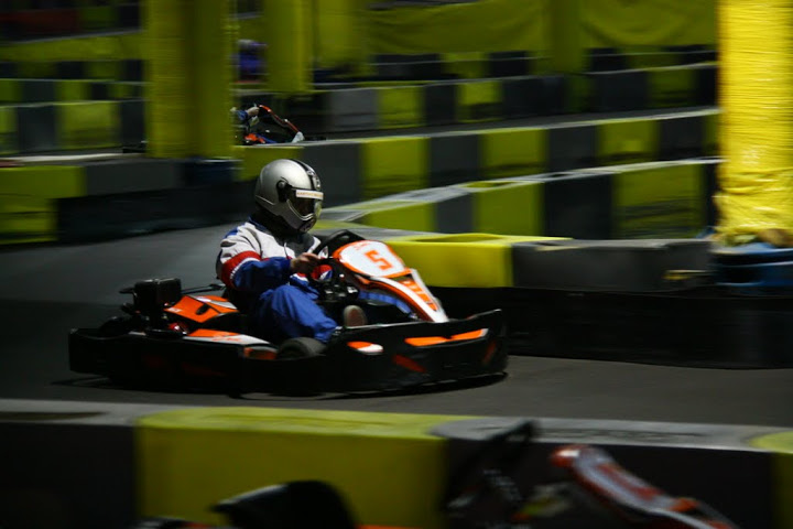 SORTIE KARTING le 23/01/2011 - Page 3 IMG_0258