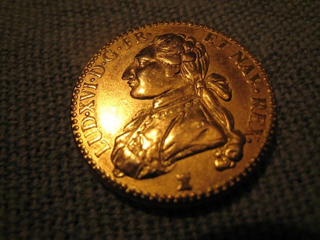 Imitation d'un louis d'or au buste habillé dit aux lunettes IMG_1968