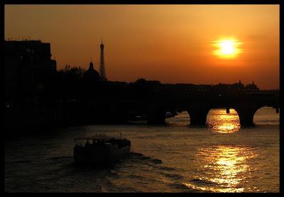 Paris en couleurs , Paris en noir et blanc ! 22.Soir