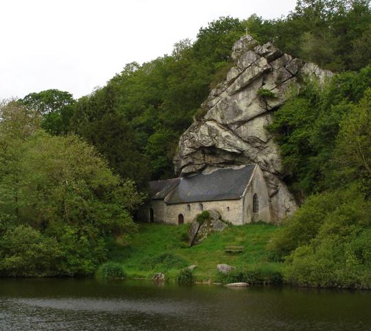 Najlepše crkve i katedrale  20-unusual-churches-p1-mountain-church