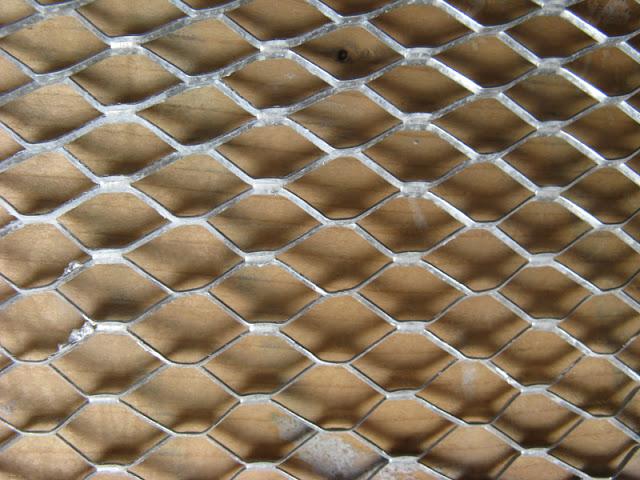 Remplacer les clous & le treillis de fibre IMG_2588_YAN
