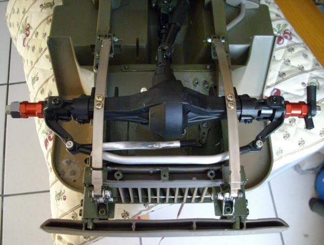 jeep willys en travaux......dans le 31 12servo6