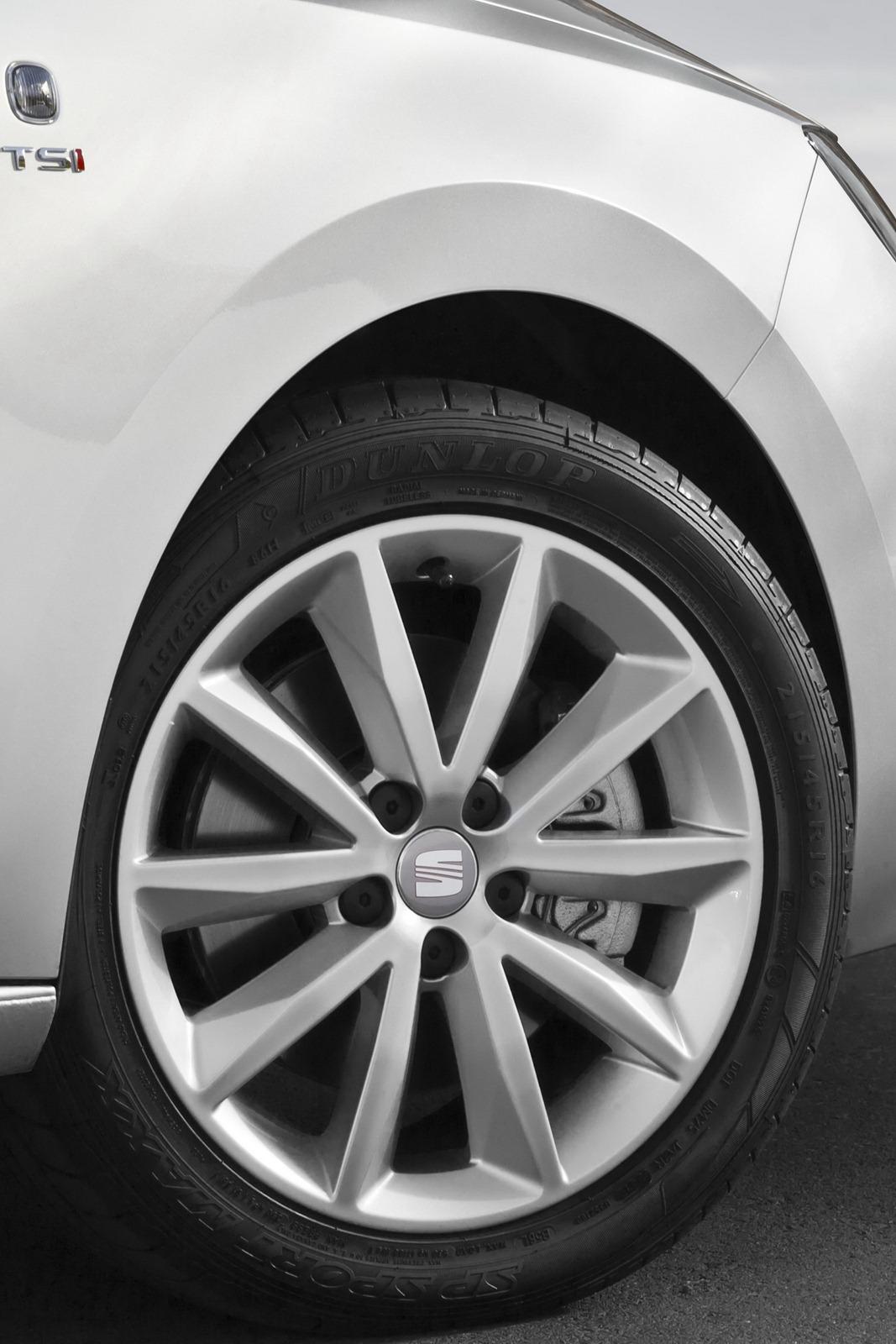 2012 - [Seat] Toledo IV - Page 6 2013-Seat-Toledo-Sedan-85%25255B2%25255D