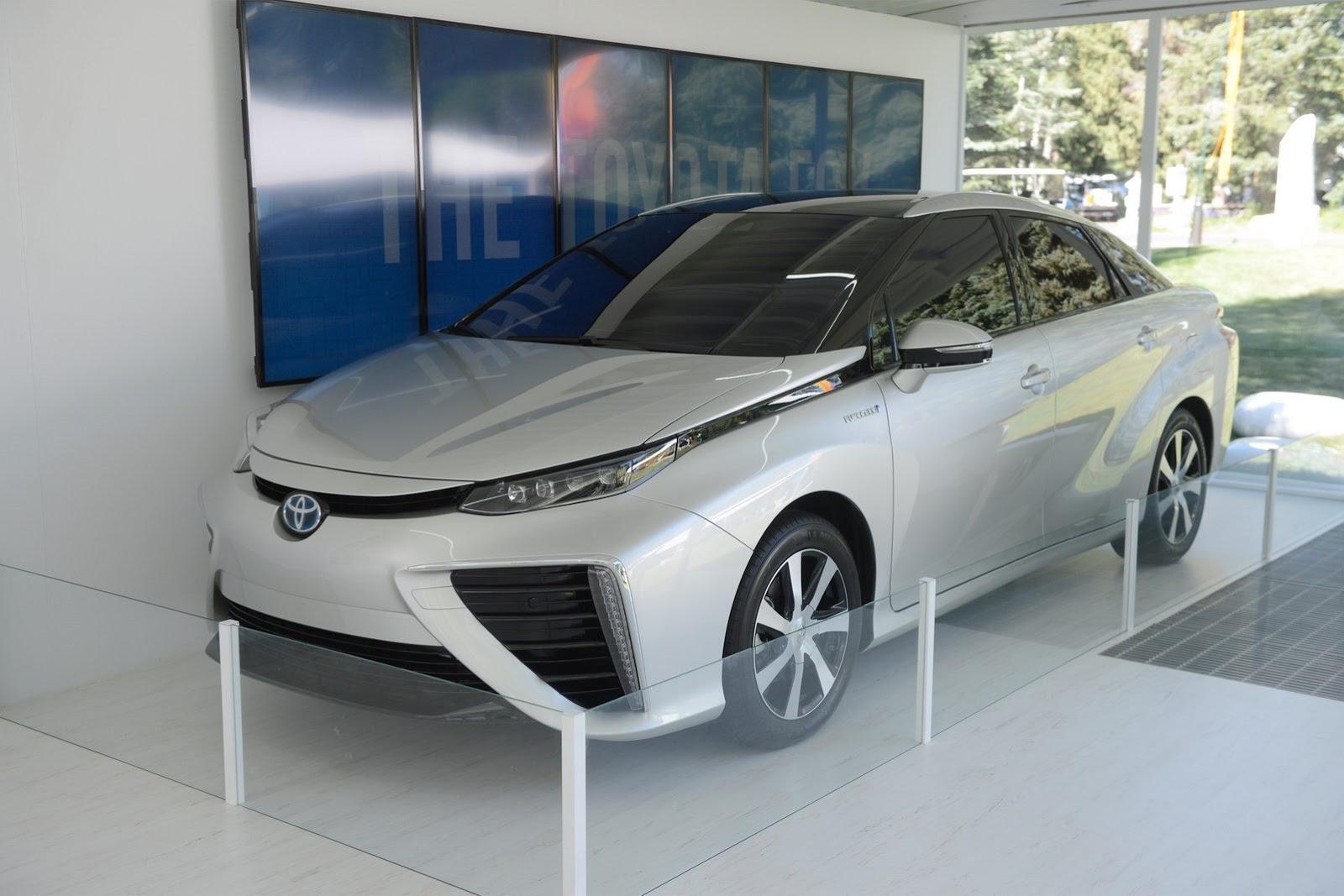 2015 - [Toyota] FCV / Mirai - Page 2 Toyota-FCV-2%25255B2%25255D